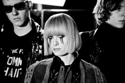 Dark-Horses-Radio-shoot-Tommy-Lisa-Harry-leather-logo-mirror-Ali-Tollervey