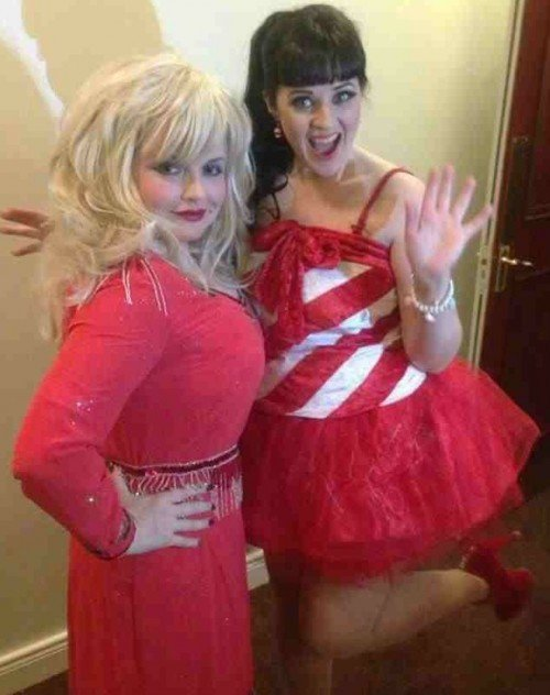 Paula as KatyPerry with Donna as DollyParton