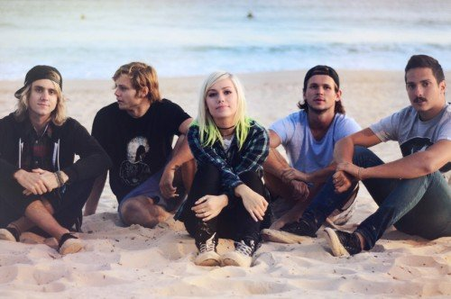 TONIGHT ALIVE1