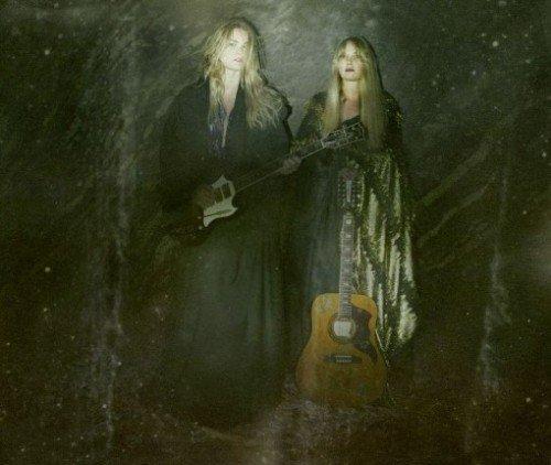 MONA AND MARIA1
