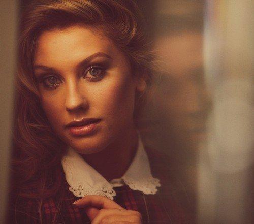 Ella Henderson2