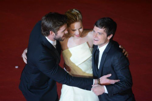 Jennifer Lawrence Liam Hemsworth Josh Hutcherson1