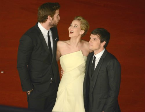 Jennifer Lawrence Liam Hemsworth Josh Hutcherson2