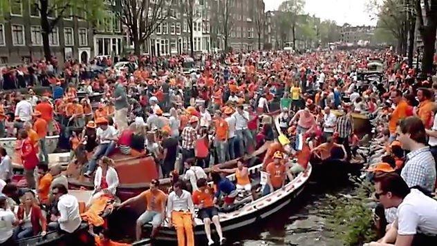 KLM Heineken orange4