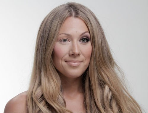 COLBIE CAILLAT1