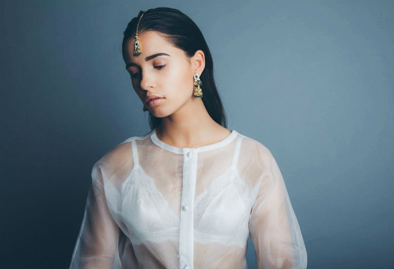 London sweetly talented singer songwriter and actress naomi scott