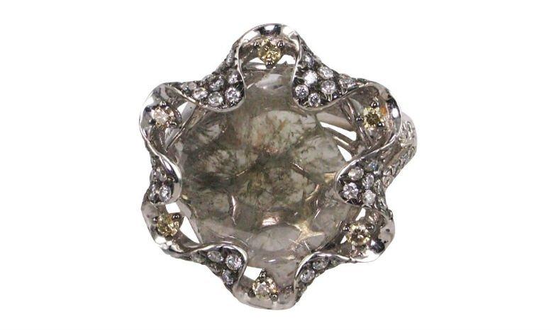 chrysanthemum-embrace-raw-diamond-ring
