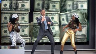 George Clooney as Lee Gates in TriStar Pictures' MONEY MONSTER