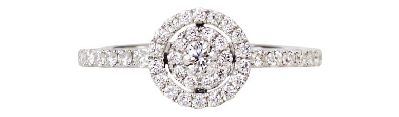 mini-bulls-eye-18k-white-gold-diamond-ring