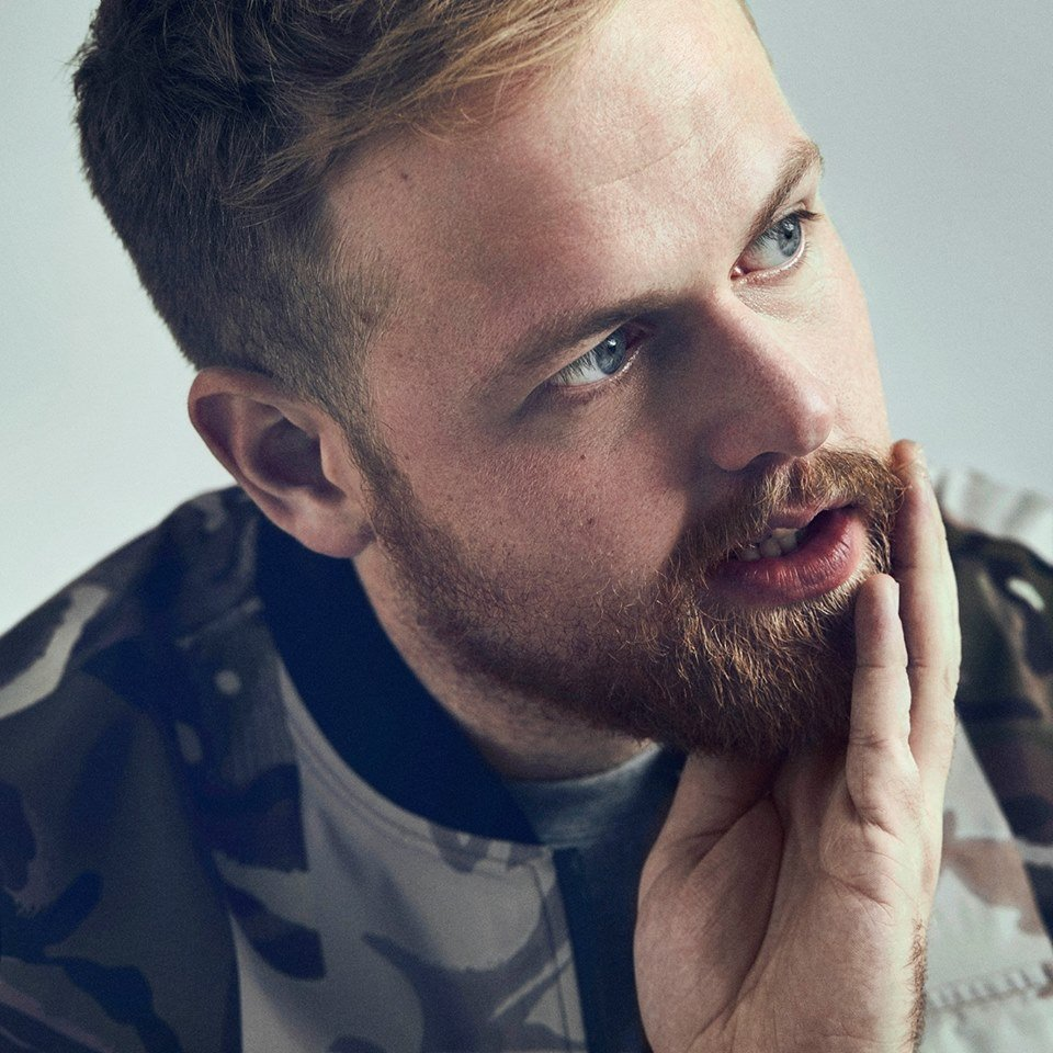 Fm Recommends Tom Walker S Leave A Light On Video